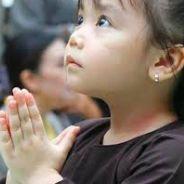 Bé 7 Tuổi Niệm Phật Theo Phật Về Tây