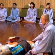 Nhờ Trợ Niệm Nên Quỷ Rút Lui Được Phật Phóng Quang Tiếp Dẫn Vãng Sanh